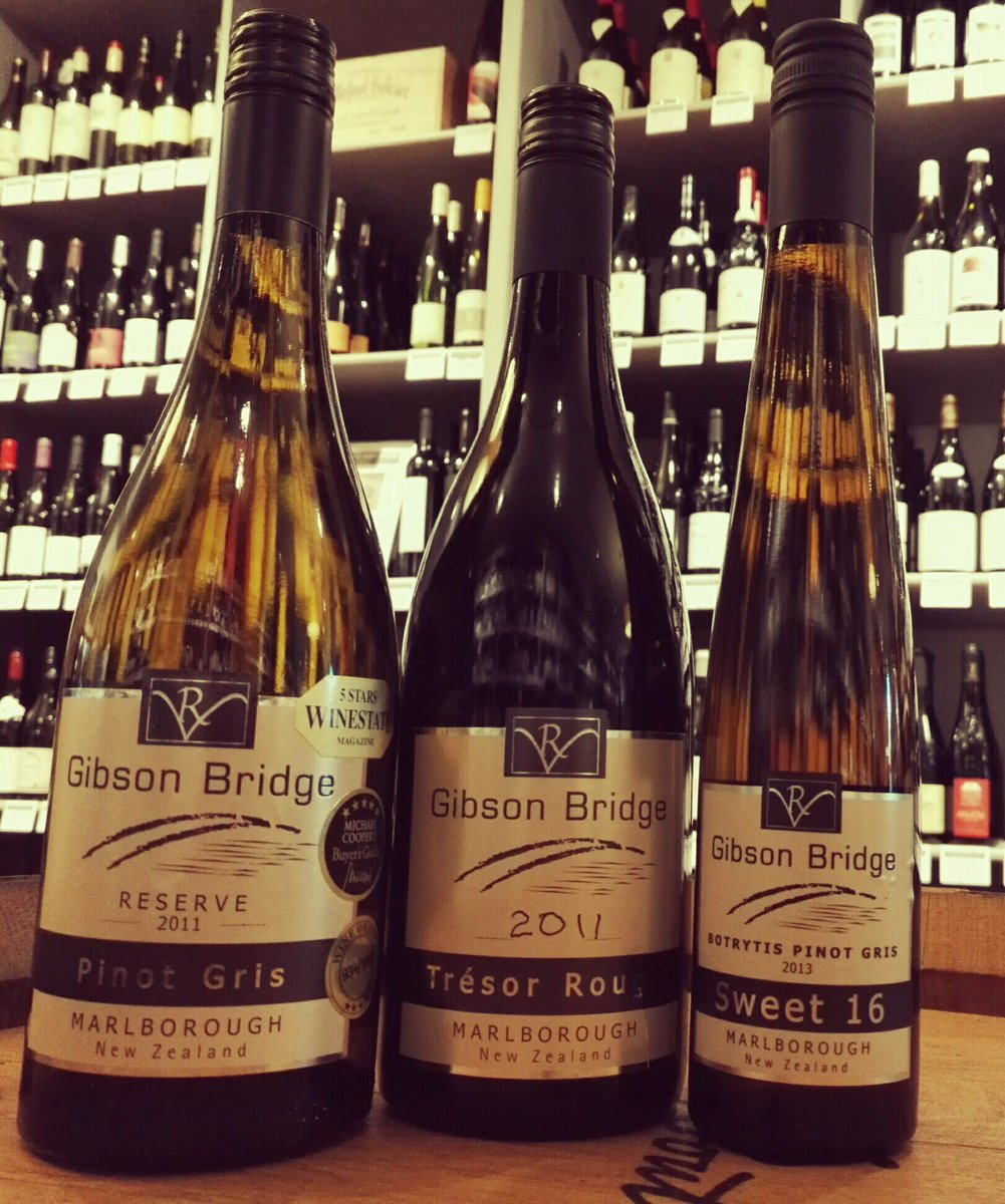 A real &#39;Buzz&#39; from these #NZwines &amp; they&#39;re open to taste 2moro night @TGWSChiswick from 6pm. V ltd availability so when gone, they&#39;re gone!<br>http://pic.twitter.com/boP2bIretr