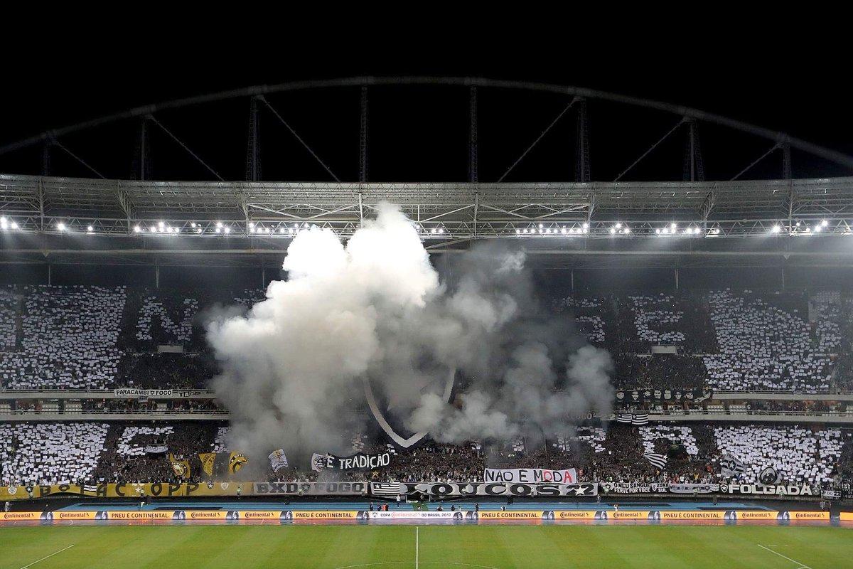 Noite de espetáculo nas arquibancadas do Nilton Santos! 💥 Chegue cedo ao estádio, antecipe sua entrada e faça parte dessa festa! #VamosFOGO