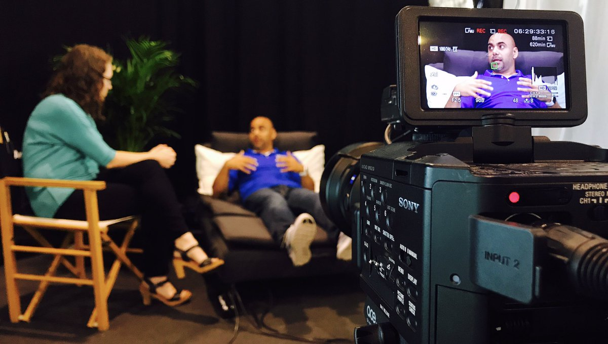 Shooting  @emad_younis and @CommsNinja #techconfessions #VMworld<br>http://pic.twitter.com/AAhEBKBnBd