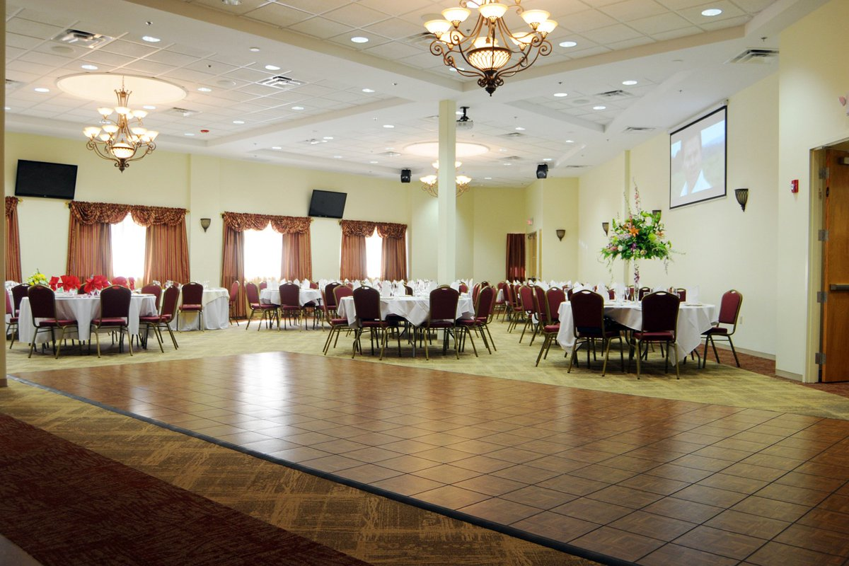 Jackson Crossing offers the very best in Ocean County event venues! Learn more  https:// hubs.ly/H08CKMq0  &nbsp;   #catering #Jacques #JacksonCrossing<br>http://pic.twitter.com/12pN1mMTwf