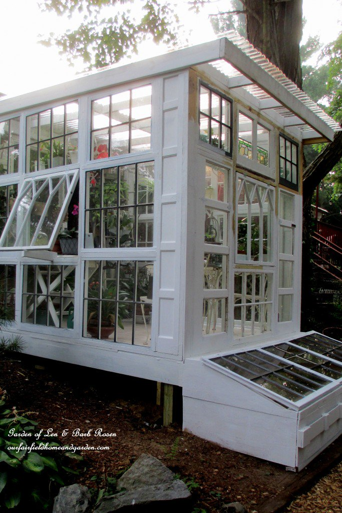 DIY Greenhouse: this one made with windows featured in my latest Garden Q&amp;A video at 07:50 →  https:// youtu.be/_6IRXPgFm3g  &nbsp;   #gardenchat #greenhouse<br>http://pic.twitter.com/7qaT1PTopB