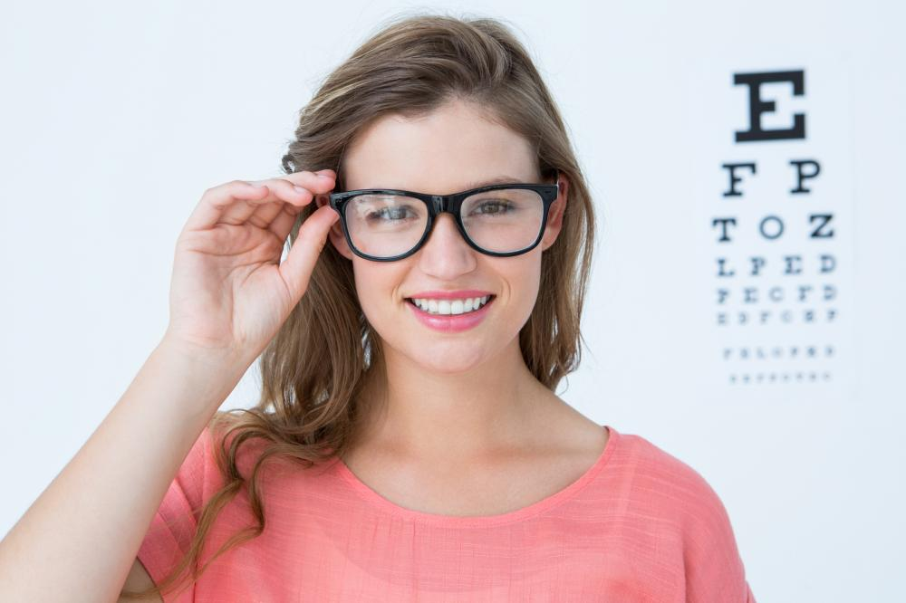 Here&#39;s why it&#39;s so important to get regular #EyeExams.  http:// qoo.ly/hr5es  &nbsp;  <br>http://pic.twitter.com/1Qhi2HNLLx
