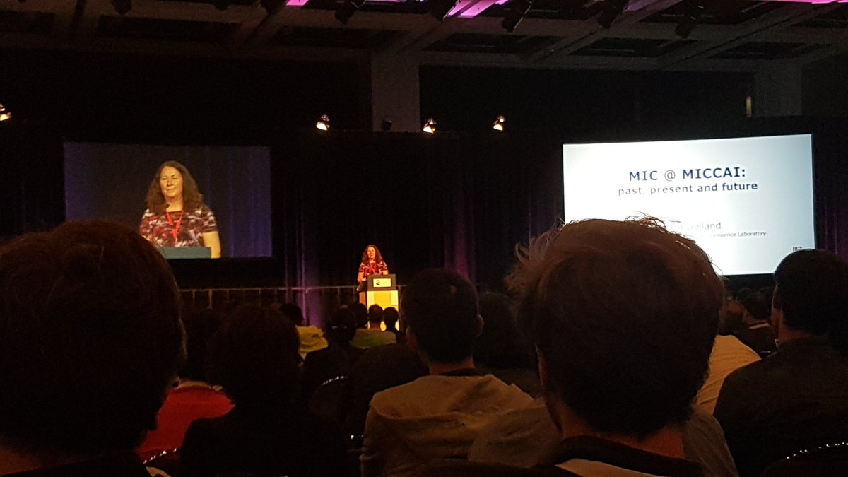 So refreshing to have an interactive start of the talk on past, present and future of #miccai by dr. Polina Golland. #miccai2017 <br>http://pic.twitter.com/ER3dVWkFfB