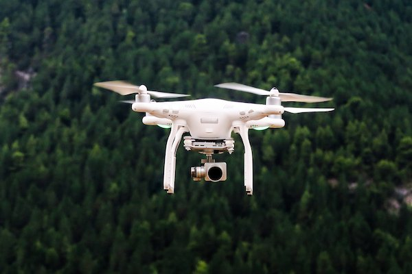 #FAA authorizes 71 #drone operators to help with #Irma recovery. #DronesWork4US #FlySafe https://t.co/CGB8E5QjWS