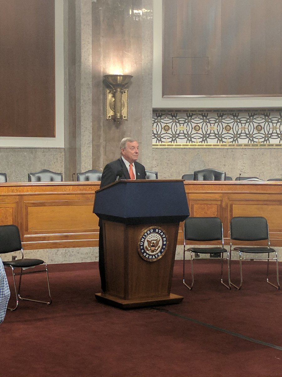 Honored to hear @SenatorDurbin speak in support of research funding. We @FightCRC support your NDAA Amendment &amp; will fight to  #RaiseTheCaps <br>http://pic.twitter.com/iQNw2KcjJO