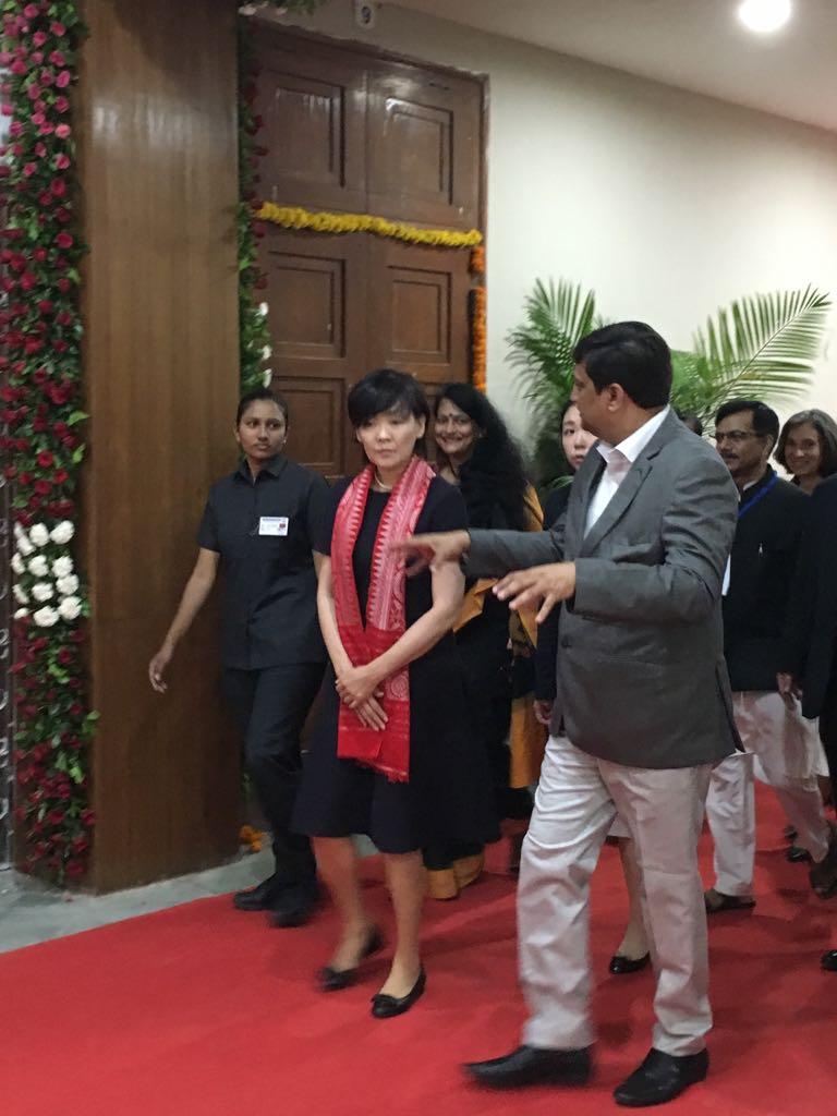 જાપાનની પ્રથમ મહિલા અકી આબેએ લીધી ગુજરાત યુનિવર્સિટીની મુલાકાત