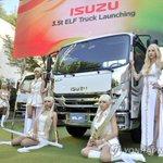 >いすゞ自動車の中型トラック「エルフ」の発売記念イベントがソウル市内のホテルで開かれた=14日、ソウ…