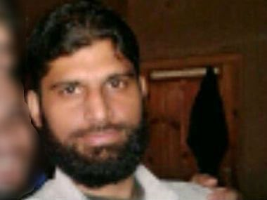 Motherfuker Abu Ismail killed innocents #Amarnath yatris.Coward pig was hiding since #AmarnathAttack tday killed &amp; buried with 72 worms. <br>http://pic.twitter.com/RjNYFRBw3y