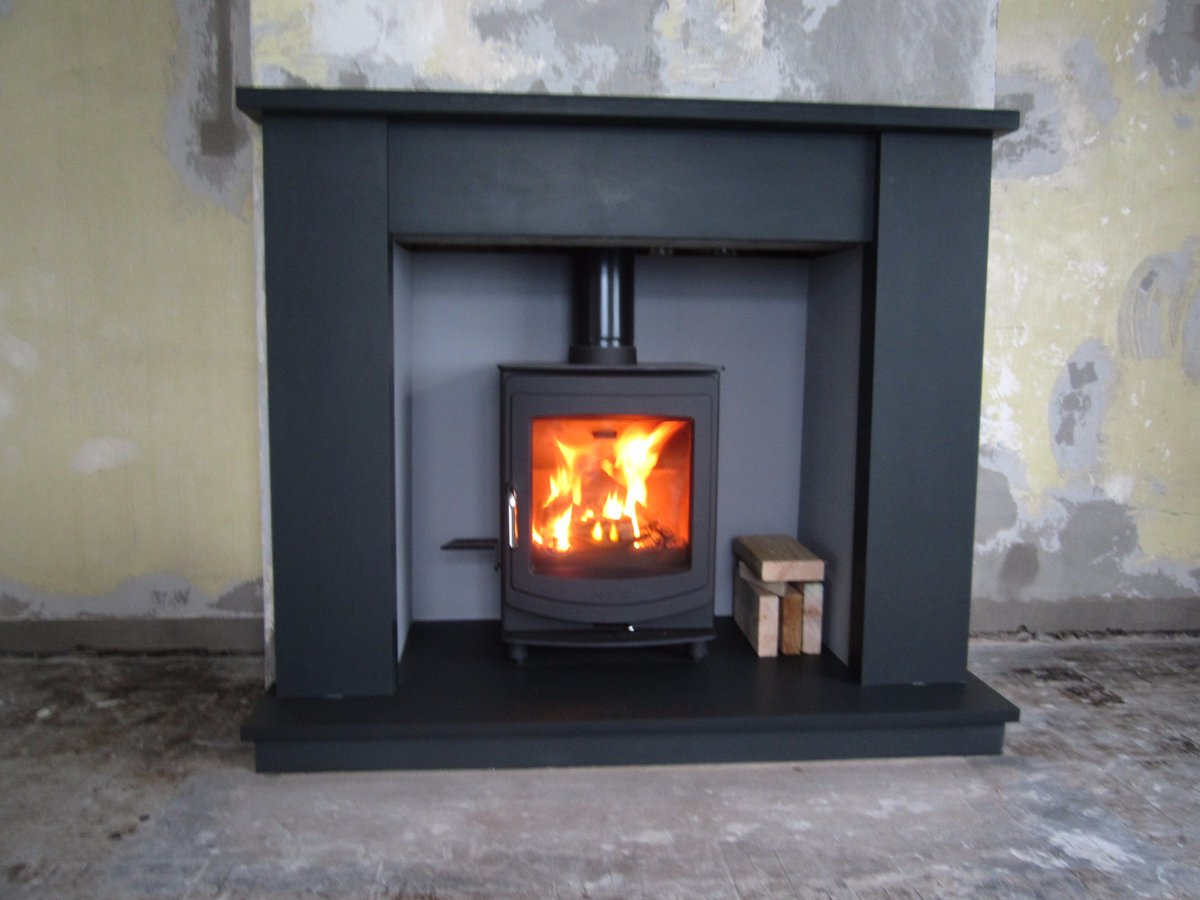 We manufacture #bespoke #slate #hearth in #welshslate &amp; #montblackslate any size and shape #stoves #fire #home #interiordesign #decoration<br>http://pic.twitter.com/Fk0efE7SSU