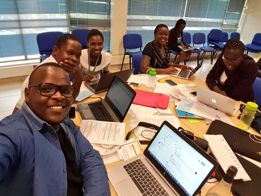 Enjoying #ResearchUptake training by @RESYSTresearch&#39;s Becky &amp; Sephy with cool group mates. #SciComm<br>http://pic.twitter.com/N3WEA5cumd