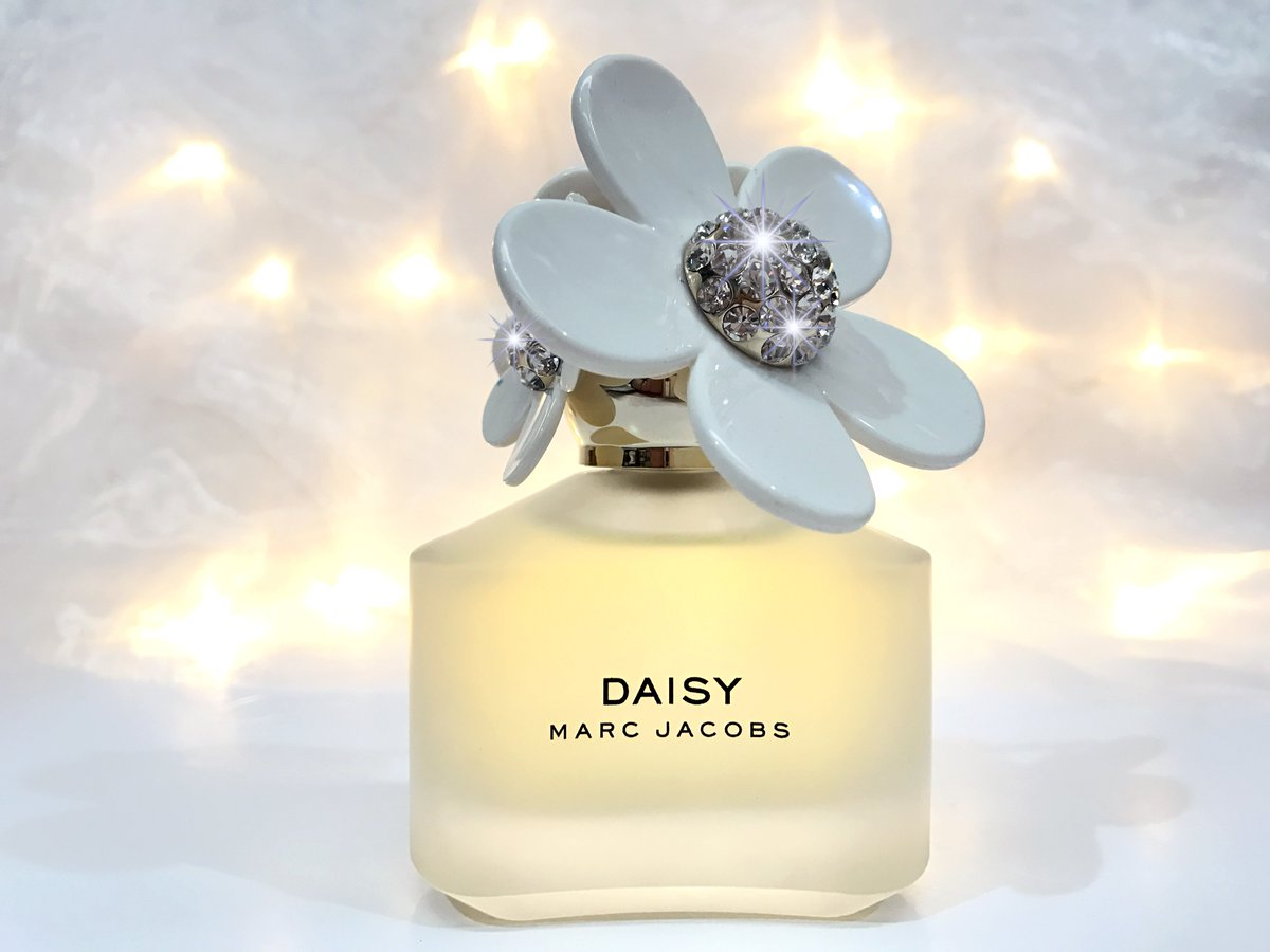 The perfume shop on twitter exclusive alert introducing marc the perfume shop on twitter exclusive alert introducing marc jacobs daisy sparkle edition add some sparkle to your favourite perfume izmirmasajfo Image collections