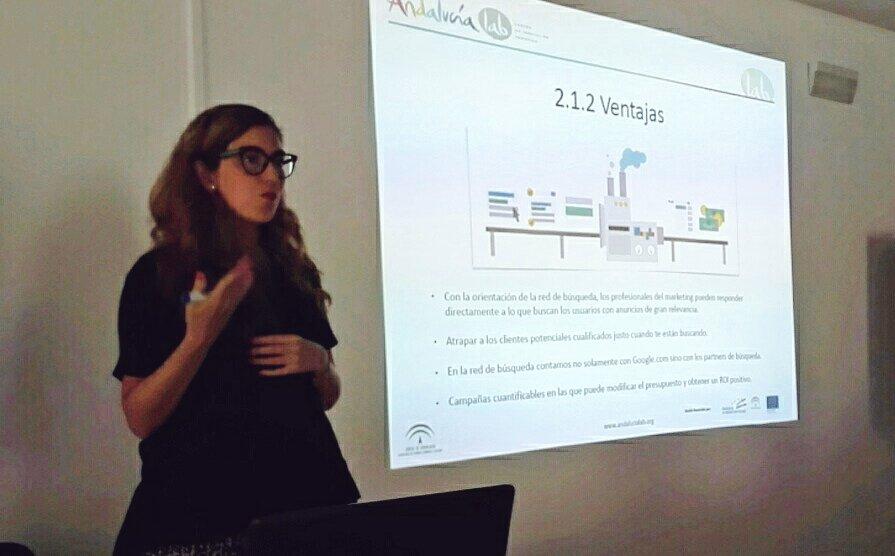 Hoy estamos en @andalucialab formándonos en Google @Adwords con Rocío de @MKPublicidad https://t.co/ZDyznbzRTx