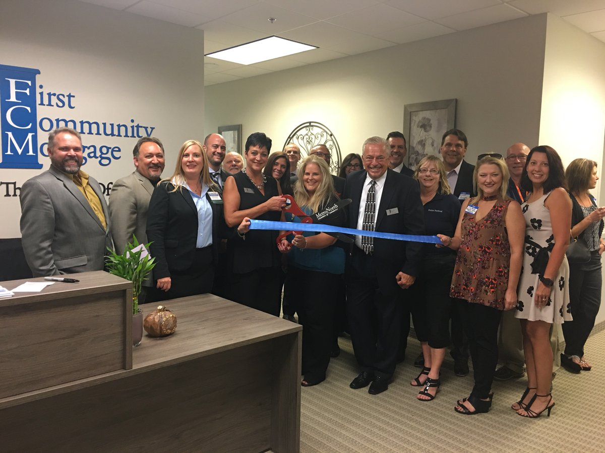 Congrats First Community Mortgage Maple Grove - beautiful new offices! #ribboncutting #1inFun #MetroNorthProud #BuildingBusiness <br>http://pic.twitter.com/MiajT2ByIU