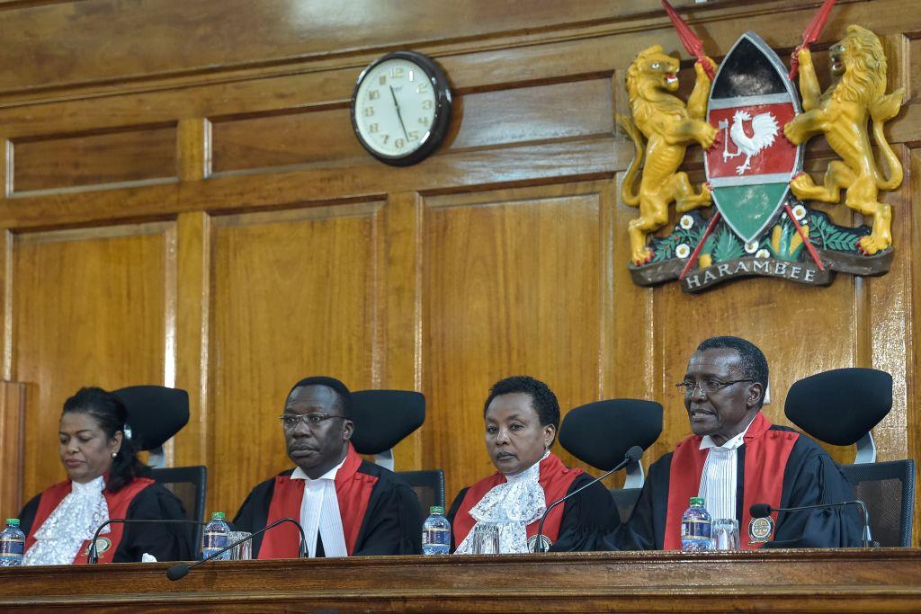 #Kenya : une #motion contre le #président de la #Cour #Suprême Lire l'article: https://t.co/Rc1t7SrN2R
