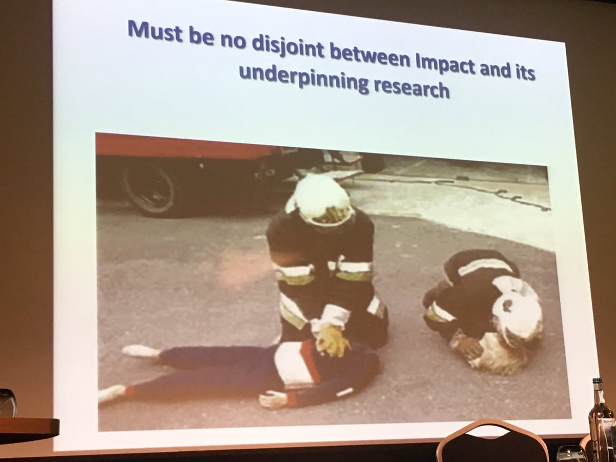 Glad I didn&#39;t try and win the prize for the best slide... Hugh wins... hands down! #REFOFE <br>http://pic.twitter.com/SYqCe4XjsD