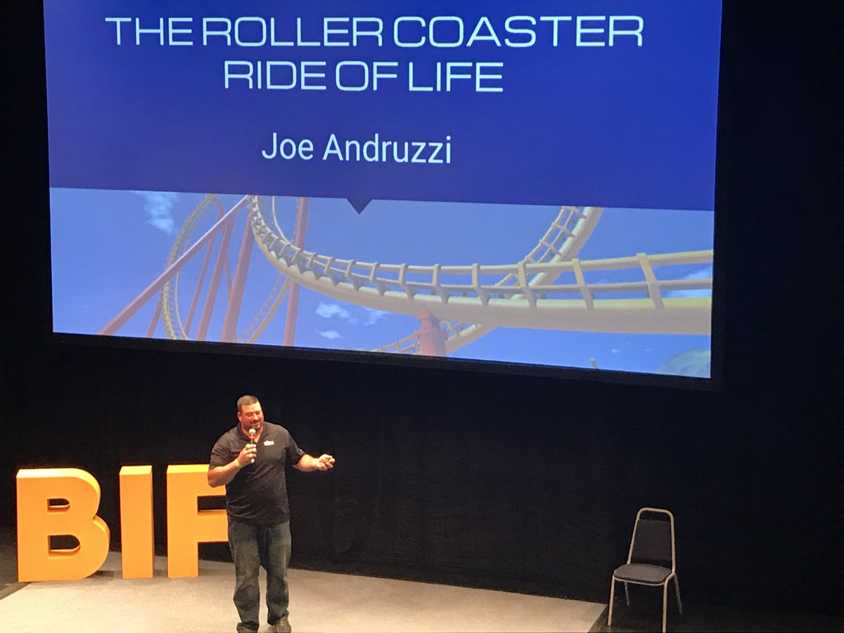Y&#39;all know I don&#39;t do sports, but this former Patriots player @joeandruzzifndn made a great speech at #BIF2017! <br>http://pic.twitter.com/kUxFnykwoj