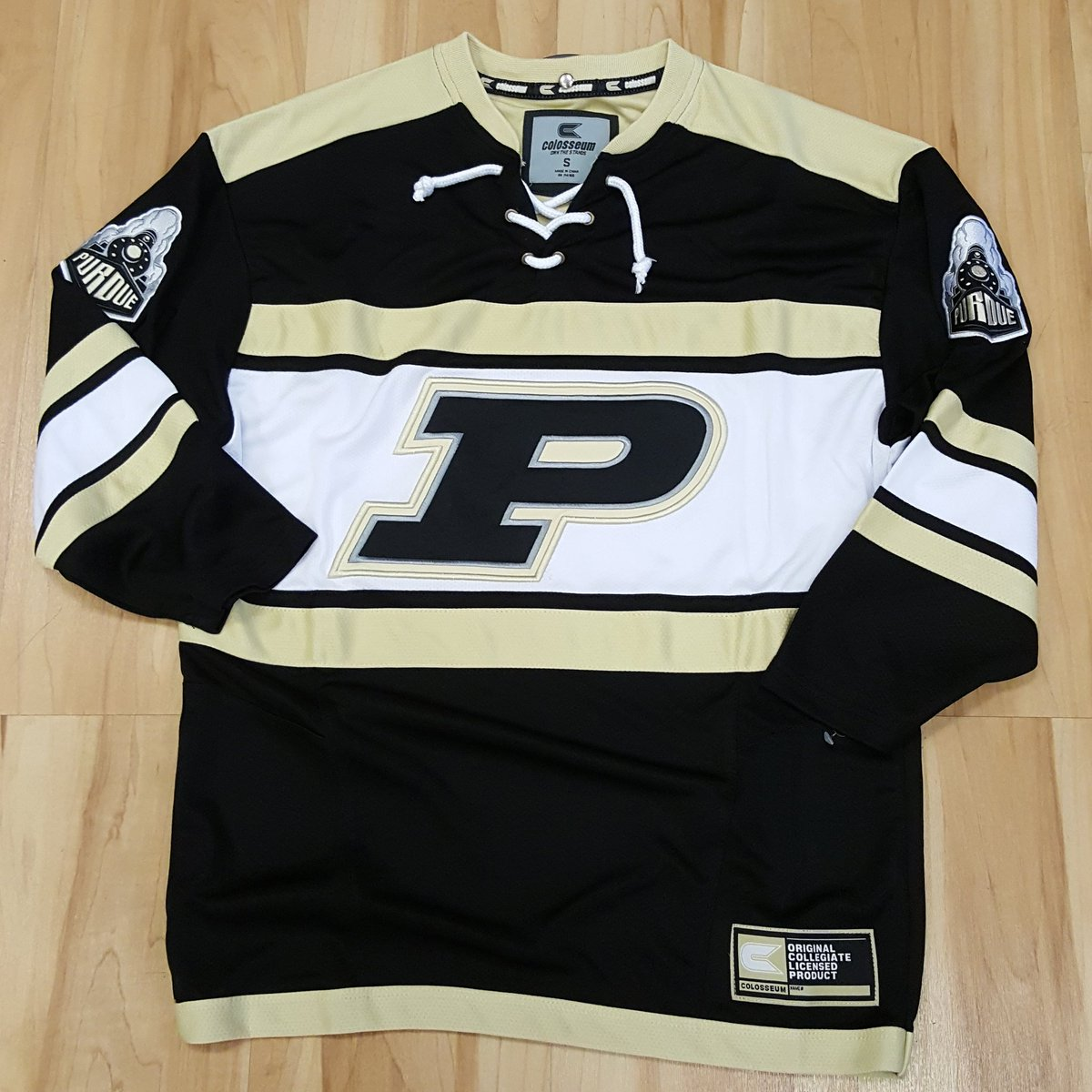 purdue hockey jerseys are back in stock get yours today before they are gone again boilerup purdue httpstcoicntleqlww