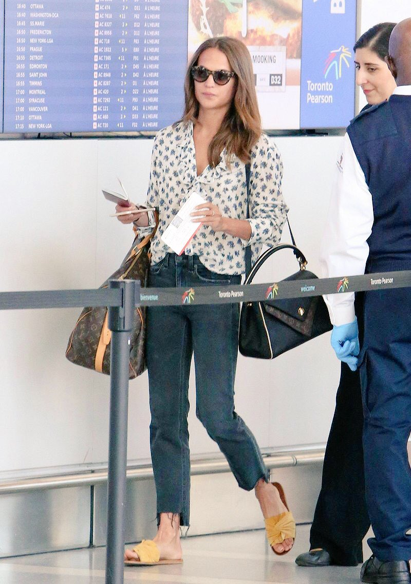 Airport pearson