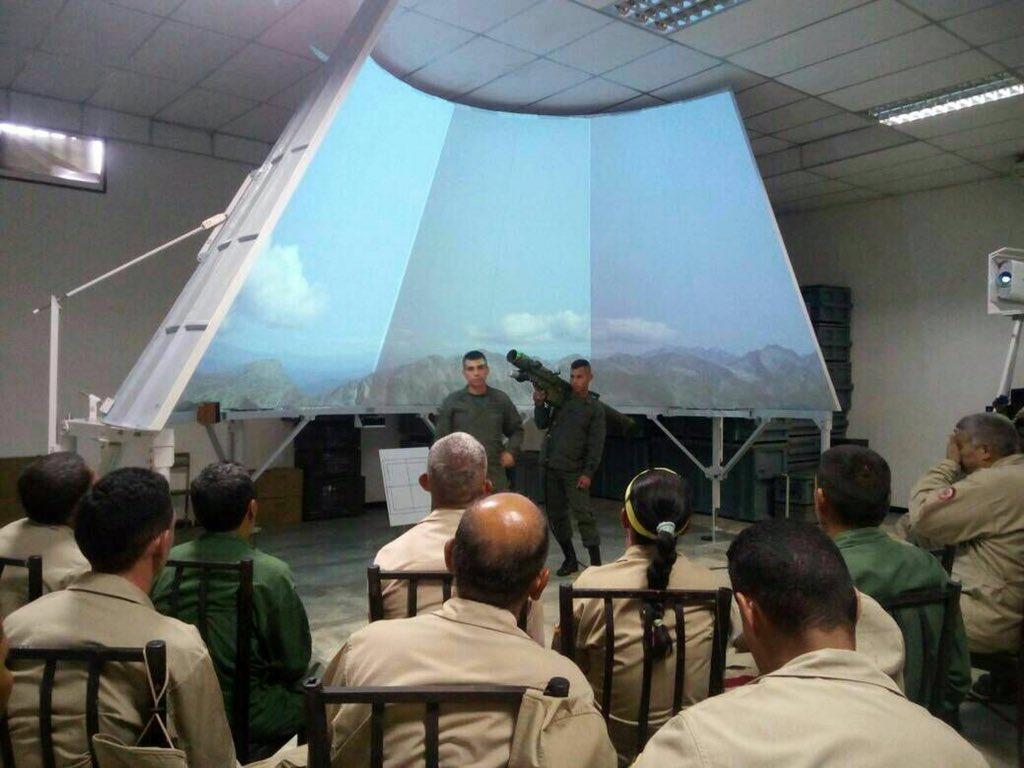 Armed Forces of Venezuela Photos - Page 6 DJtXb_7WkAAeoYB