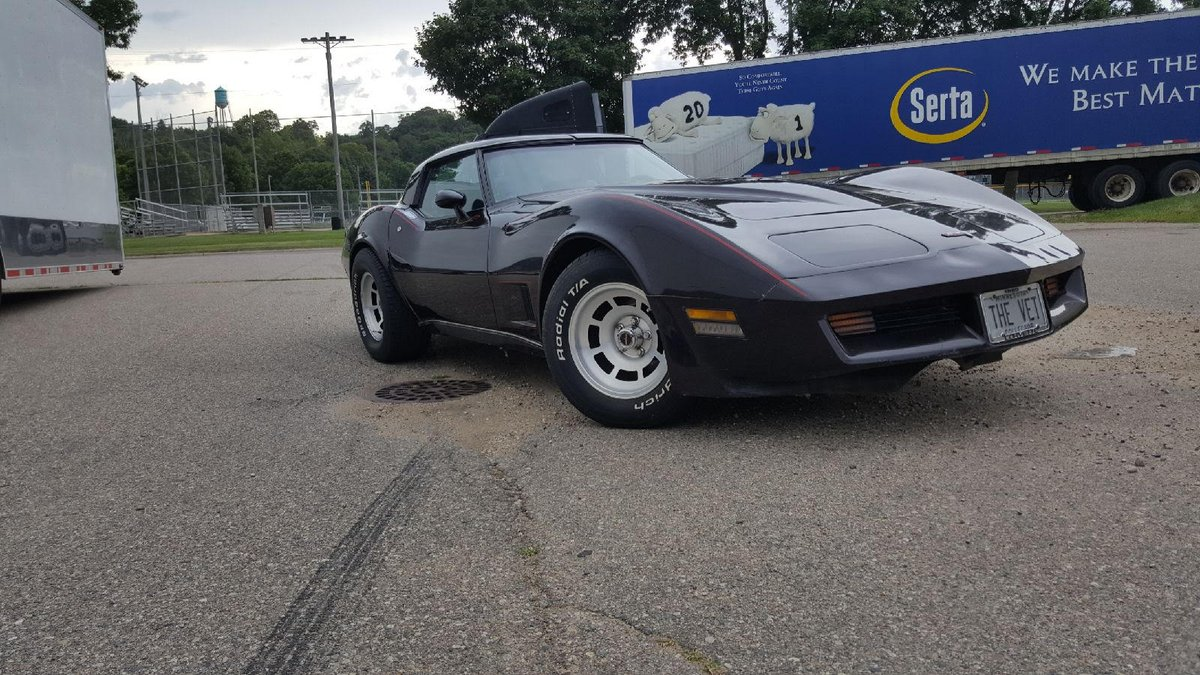 Madmusclegarage on twitter congratulations to ryan in fort worth tx on his new purchase 1980 corvette 4 speed c3 corvette madmusclegarage