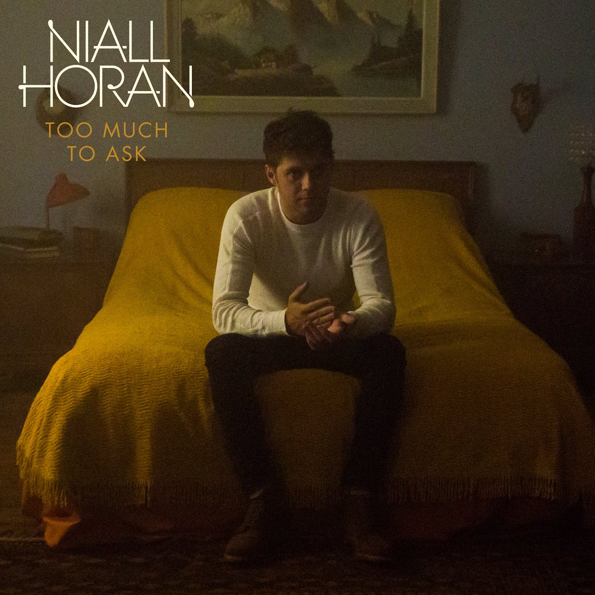 .@NiallOfficial's new single #TooMuchToAsk is out now! 🖤🎶 Get ready for all the feels here: https://t.co/QZ83GSBiSp