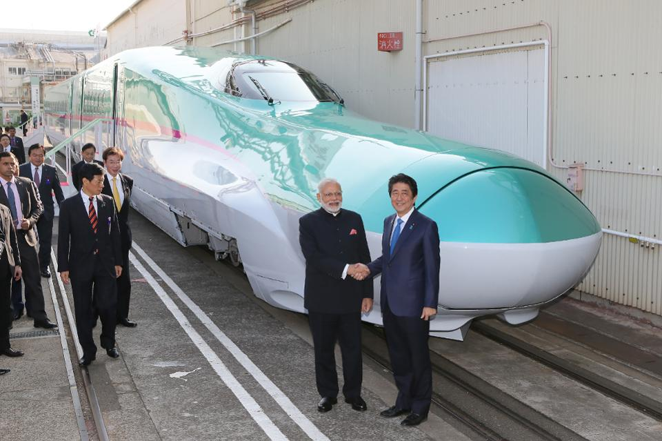 RT @Forbes: Japan is propelling India into the age of high-speed rail https://t.co/E35Mdczpa5 https://t.co/cbvbSJ9ocm