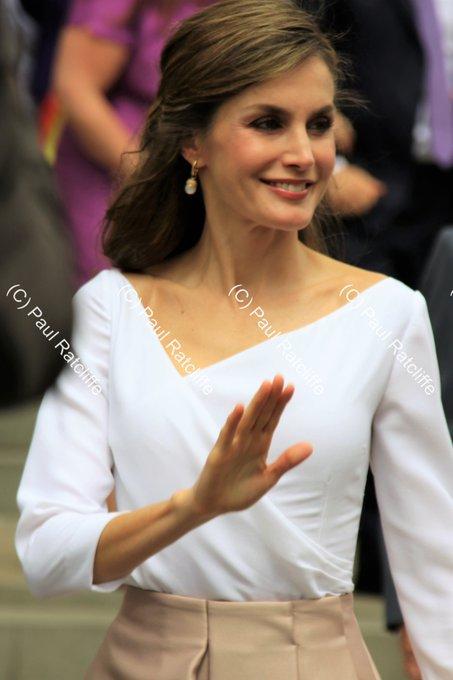 Happy 45th Birthday to HM Queen Letizia of Spain. Born in 1972.