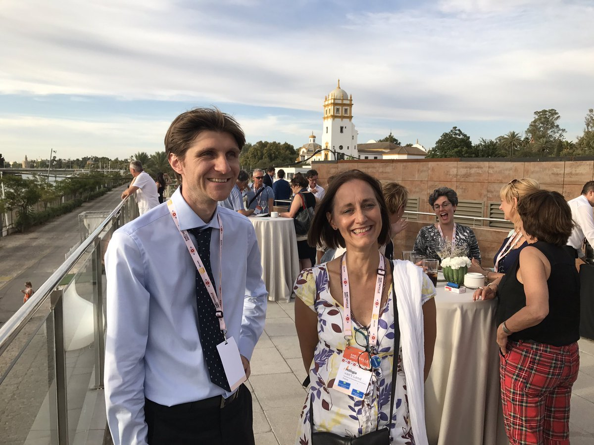New Secretary General of #IAU at Orange Reception organised by #Nuffic at #EAIE in #Seville.<br>http://pic.twitter.com/7VJyTYFwDH