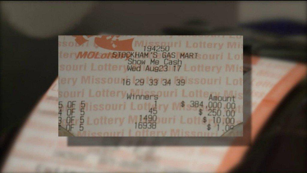 Festus gas station clerk gifted winning lottery ticket https://t.co/HUDMaxavNA https://t.co/Ad8OcX6TIe