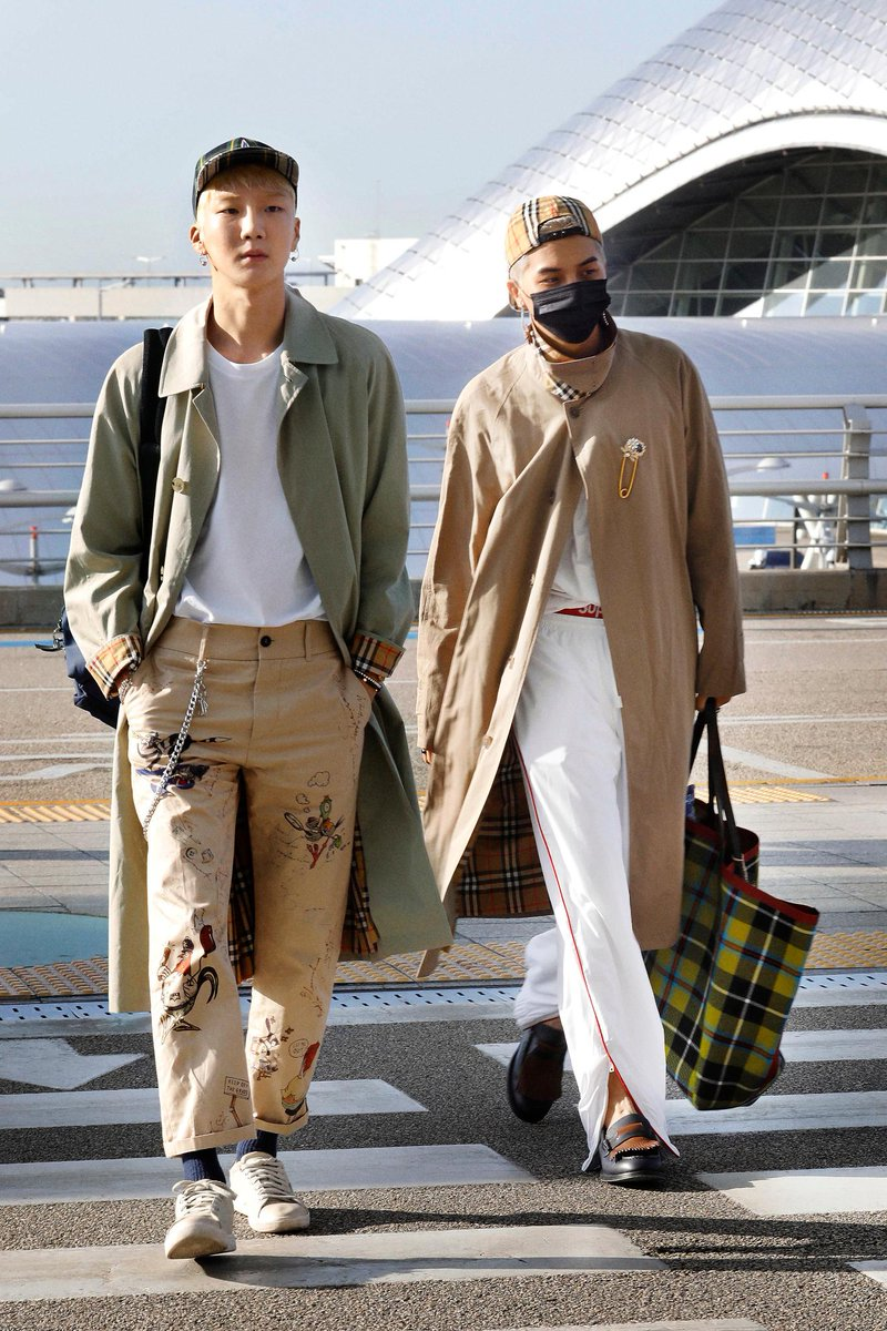 WINNER musicians MINO and HOONY wear new styles from the @Burberry September 2017 collection, on their way to the #BurberryShow #LFW