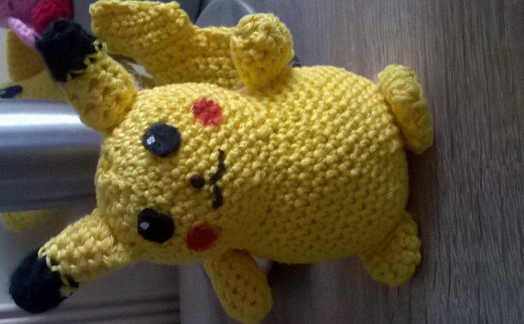 Pikachu Pokemon Crochet Tutorial - YouTube | 634x1024