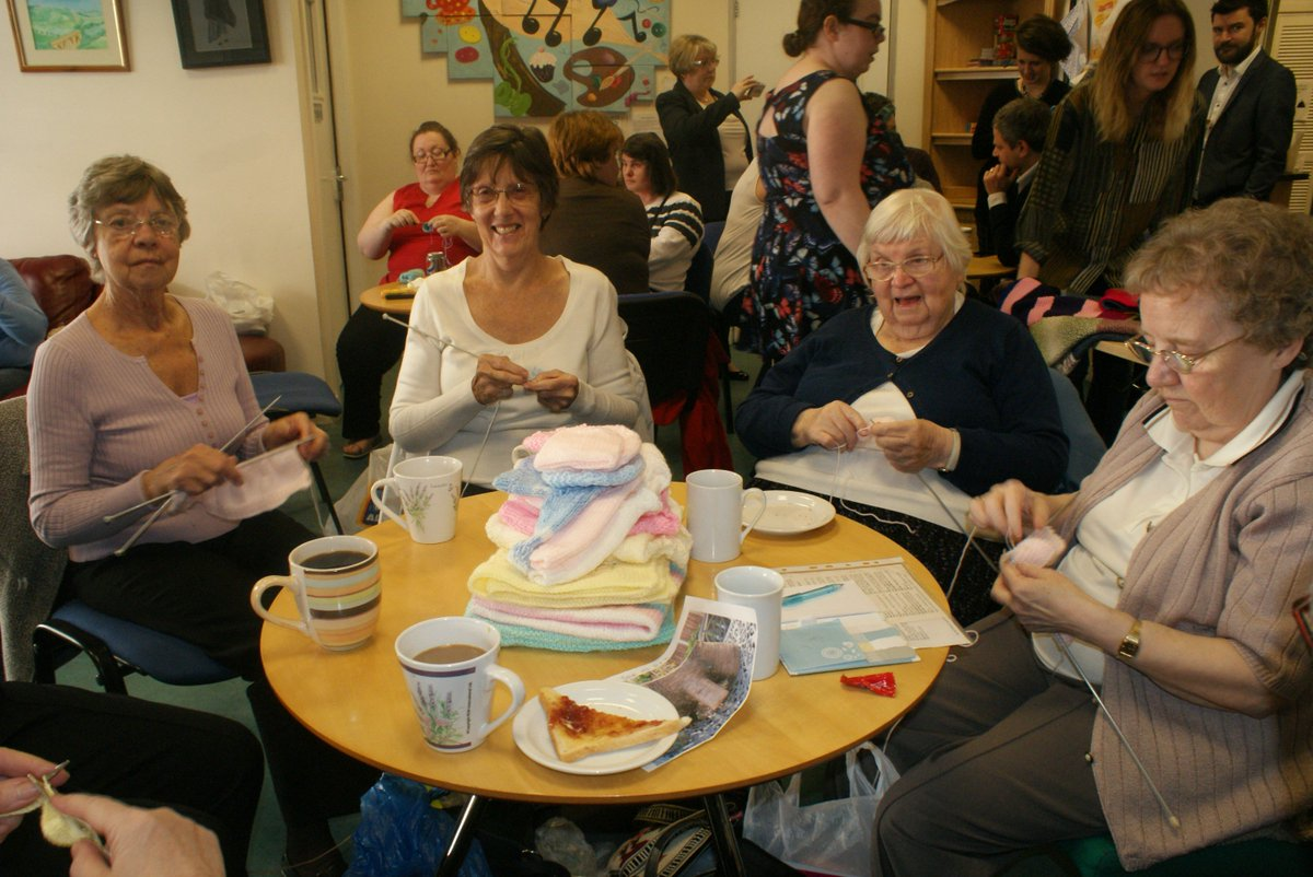 As well as bringing the local community together, the garments Krafty Needles make are donated to #neonatal units  http:// forevermanchester.com/krafty-needles  &nbsp;  <br>http://pic.twitter.com/j0W1ahHyY4