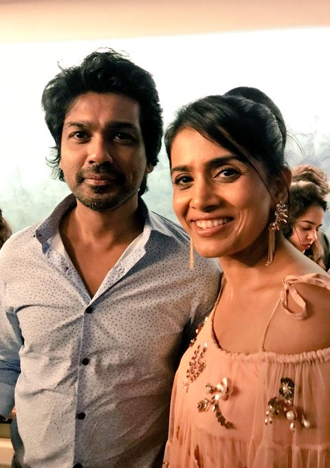 Lovely meeting you @Nikhil_Dwivedi 👍All the best to you too😊 #PosterBoys #screening #throwback https://t.co/2dBPE4JJZa
