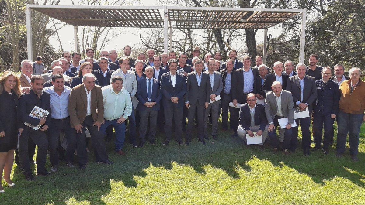 Vidal encabeza reunión del Foro de Intendentes de Cambiemos
