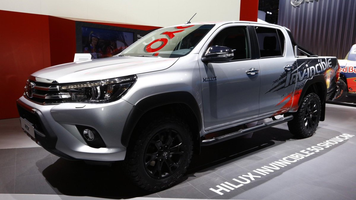 toyota hilux invincible 50 para presumir de pickup http bit ly 2fauvvk coches novedades iaa2017pic twitter com h1bf9f6xul