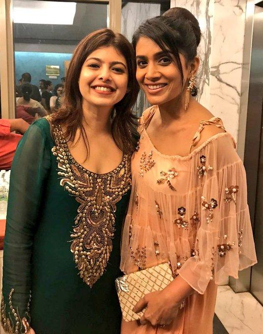 Wid my glam n hot co-producer dear @DeeptiTalpade 😘😘It's amazing 2 see what a doting hubby @shreyastalpade1 is🤗God bless ur jodi💚#posterboys https://t.co/y2YkuMHjoQ