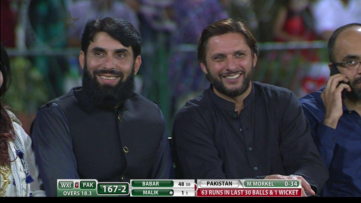 Shahid afridi, Misbah ul haq  22607 runs 137 fifties 21 centuries  691 sixes 551 wickets    We love u.  #CricektKiHalalala  #PAKvWXI<br>http://pic.twitter.com/CKkVUBQ4rx