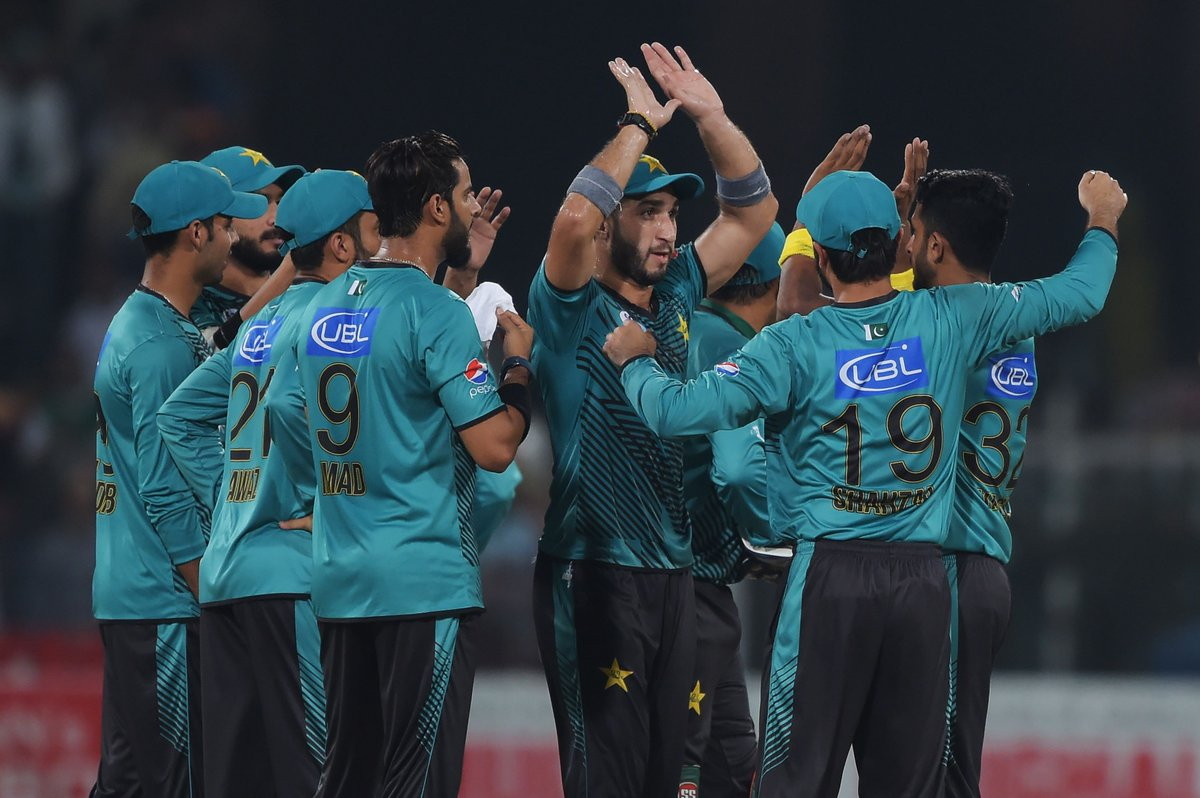 Pakistan secure a historic series victory as they beat the World XI by 33 runs in the 3rd #PAKvWXI T20I to win the series 2-1. <br>http://pic.twitter.com/6RmdsKqlLC