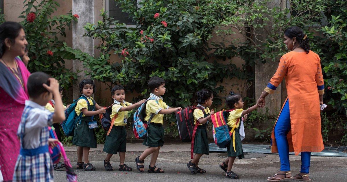 Embora diversos países tenham calendários diferentes, a emoção de voltar para a escola parece ser universal 😊 https://t.co/Qro7z8Av5K