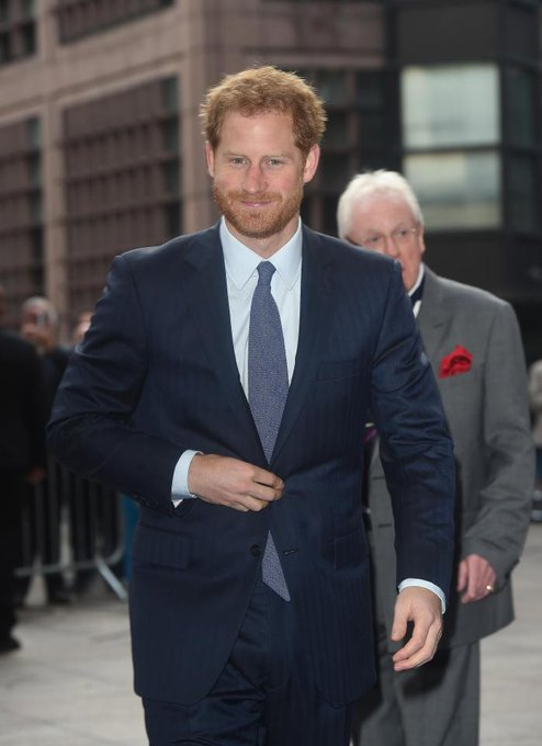 Happy Birthday Prince Harry! He\s the grandson of Elizabeth II! He turnt 33 today!