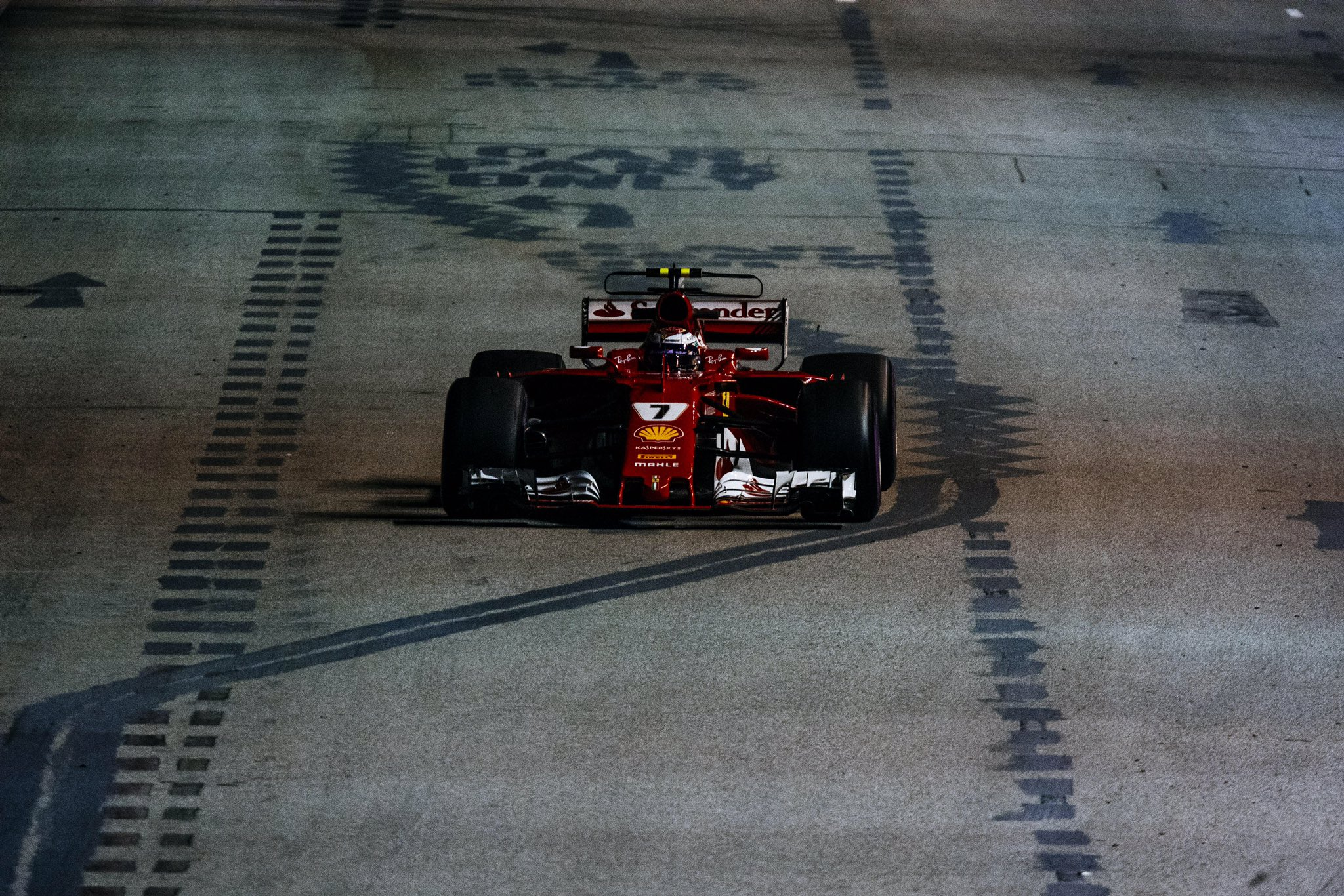 Szingapúri Nagydíj: Verstappen az élen az időmérő előtt