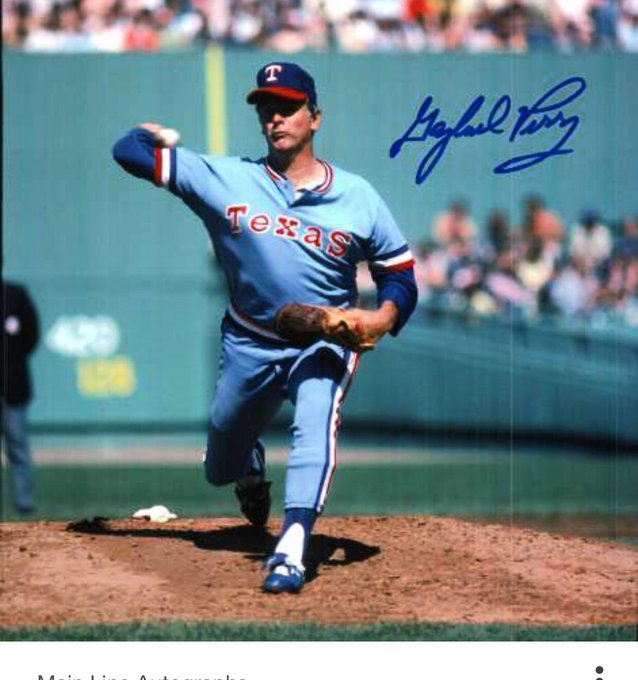 Happy 79th birthday to Hall of Fame spitballer, Gaylord Perry.