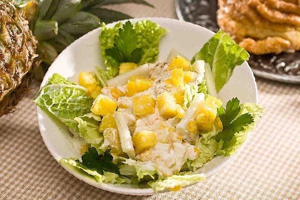 Салат с ананасами рецепт с фото