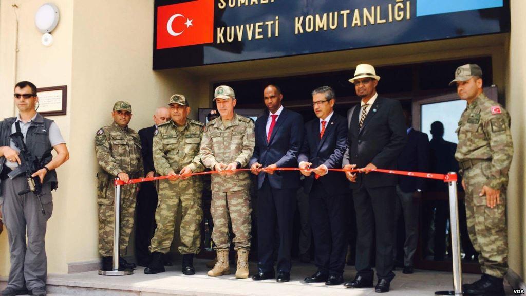 تركيا تفتتح أكبر قاعدة عسكرية خارج حدودها DK-31xQUMAI4uqt