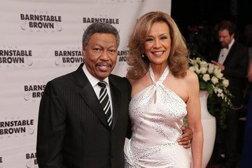 Very happy birthday wishes to MARILYN MCCOO! One Less Bell to Answer: