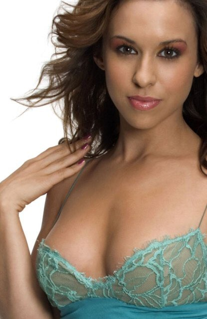 Happy Birthday to Lacey Chabert, she turns 35 today