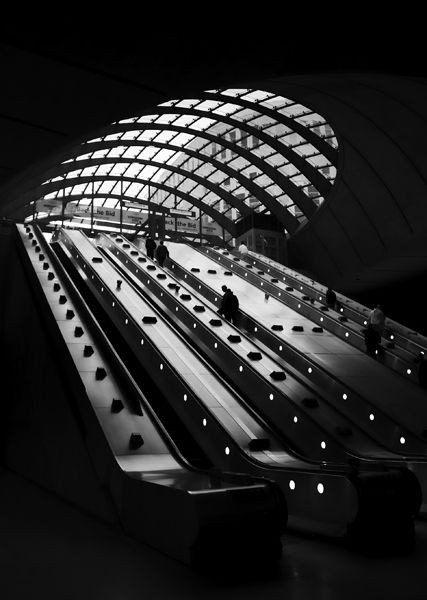 Canary Wharf Station by Norman Foster Architects #blackandwhitephotography