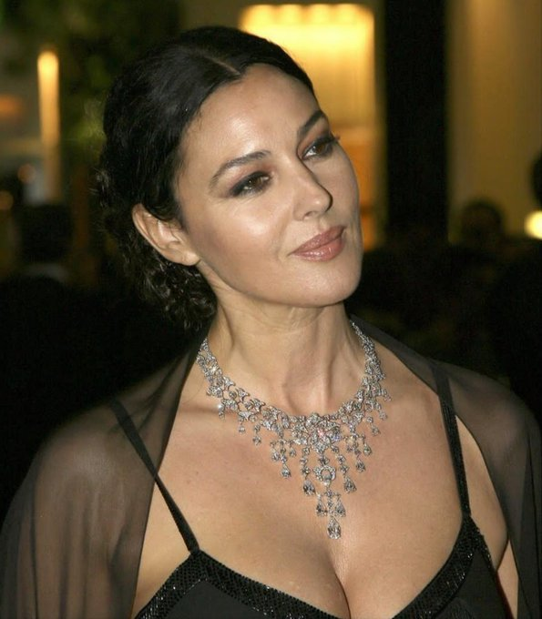 Happy birthday to my beauty icon... Monica Bellucci