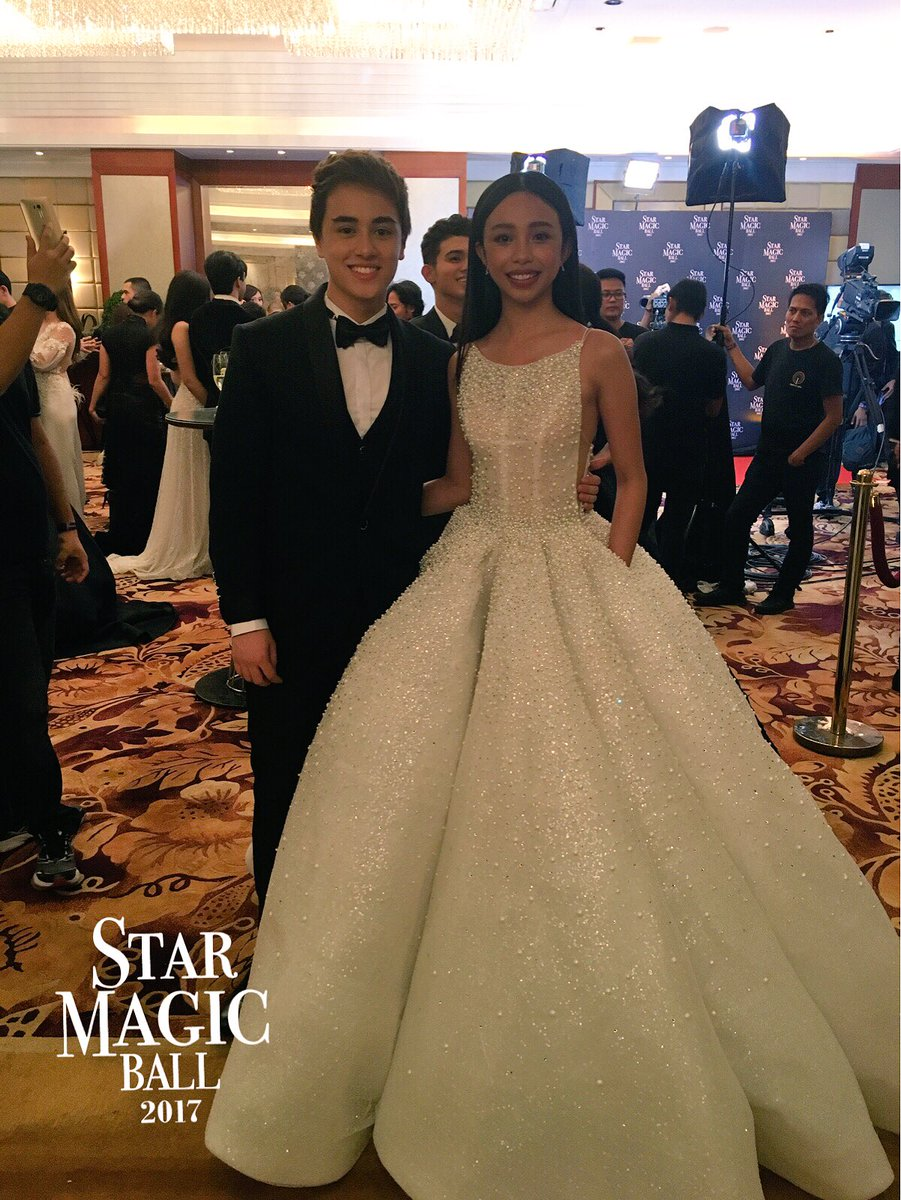 MayWard! Maymay Entrata and Edward Barber have arrived at the #StarMagicBall2017 | via @cedrickkbasco ♥♥ https://t.co/ZiTtxX76VZ