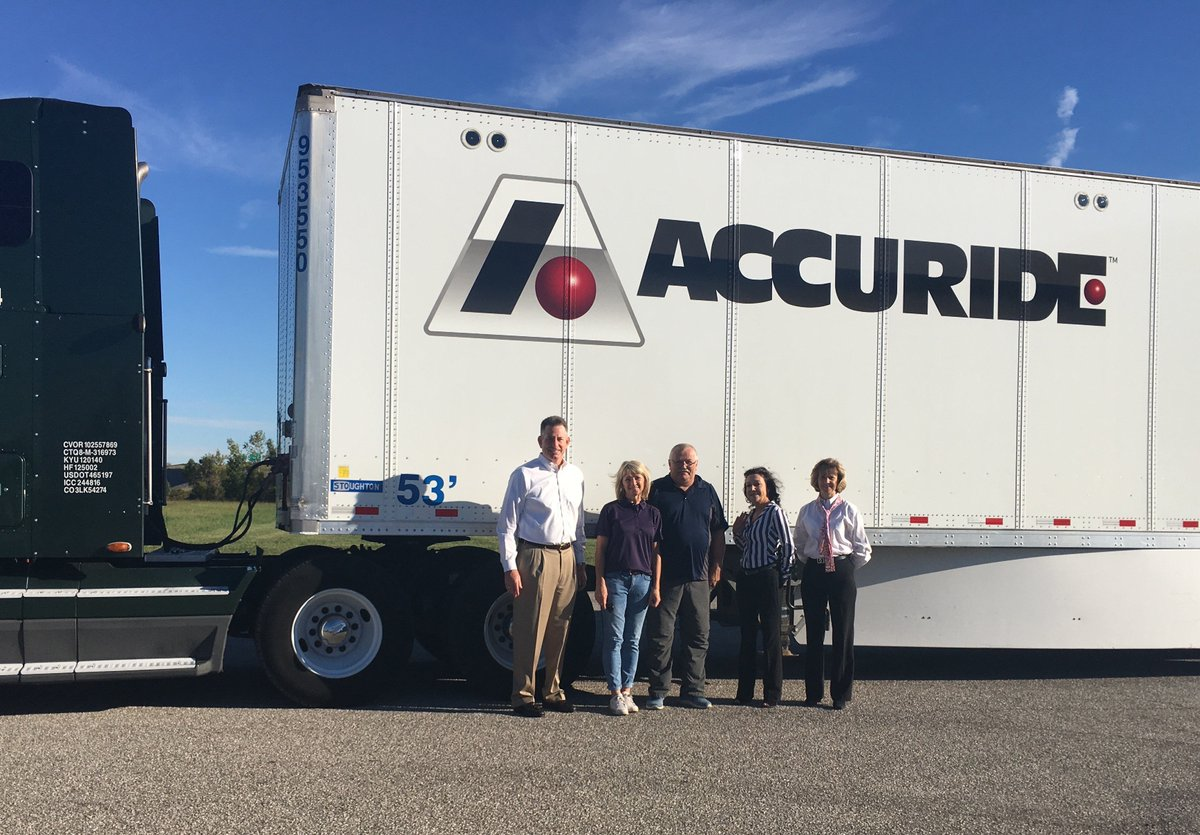 """Timothy G. Weir, APR on Twitter: """"#Accuride logistics supplier Elgin Motor Freight @ChallengerMF rolled into our headquarters with a truck from their new ..."""